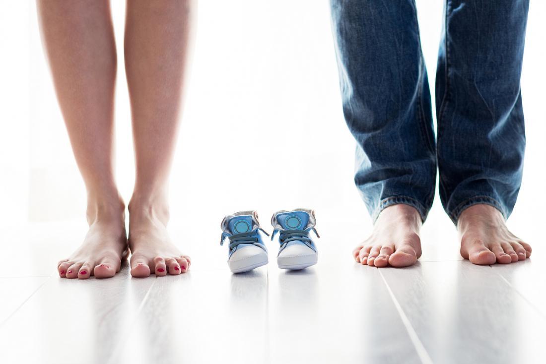 Cha mẹ mong đợi với đôi giày bé