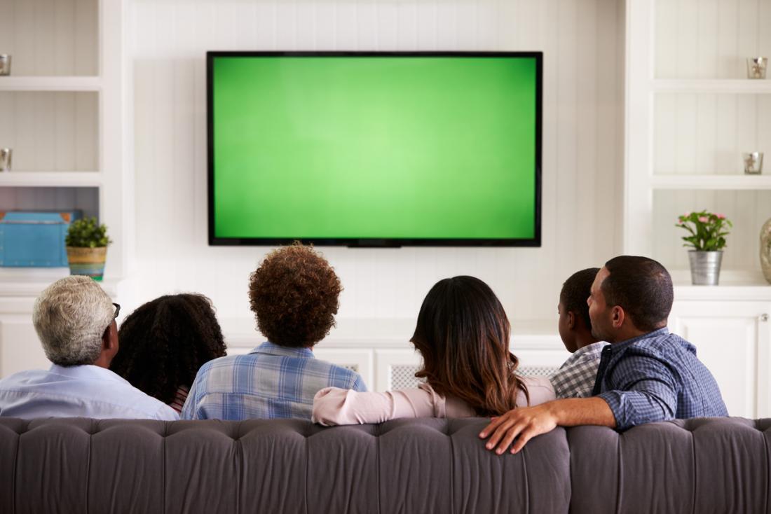 家族観戦のテレビ
