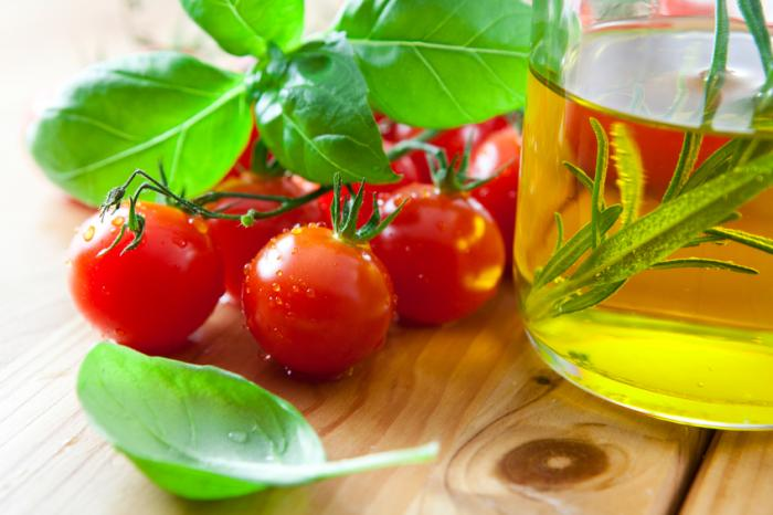[Tomates et huile d'olive]
