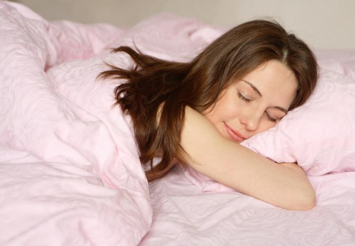 [Femme qui dort]