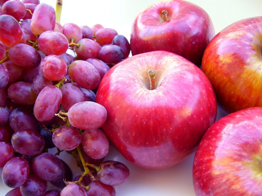 赤ブドウとリンゴ