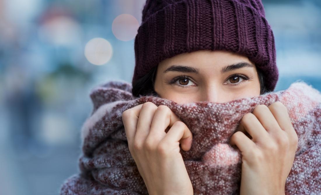 шапки и шалове могат да помогнат за предотвратяване на студения нос