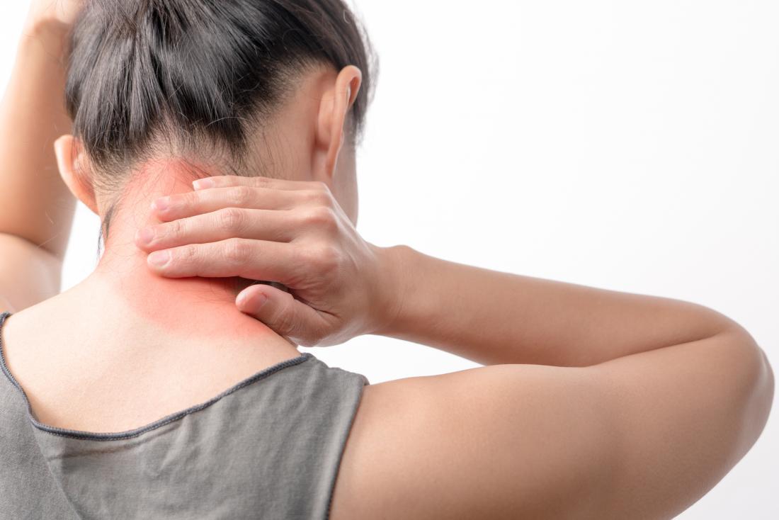 Pescoço doloroso que pode ser polimialgia ou fibromialgia