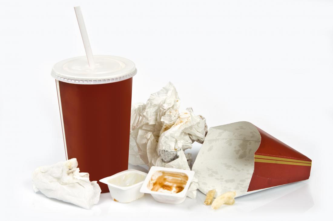 Binge comendo junk food