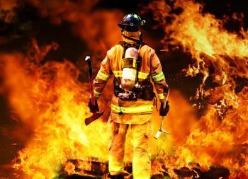 [Пожарникар, който влиза в огъня]